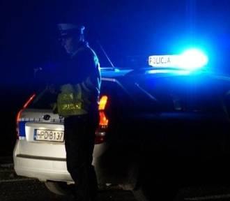 Kompletnie pijany policjant staranował auto z dzieckiem w środku, ale konsekwencji nie poniesie