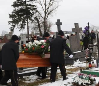 Pogrzeb Daniela zamordowanego w Ełku. Żegnało go ponad 100 osób (zdjęcia, video)
