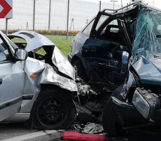Dwie osoby ranne w wypadku w Trzyciążu