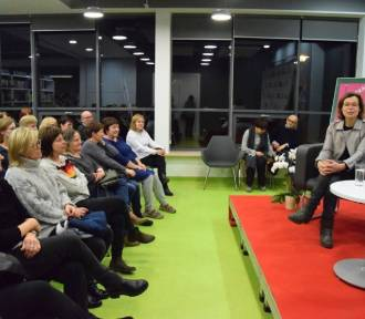 Agata Passent, córka Agnieszki Osieckiej spotkała się z czytelnikami w Mediatece w Straszynie