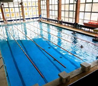 Trwa remont basenu przy ul. Bażyńskich. Zobacz zdjęcia!