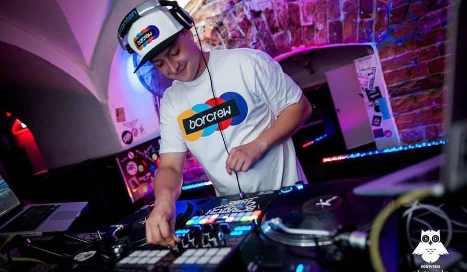 DJ Vazee zagra w Piątej Klepce już w sobotę