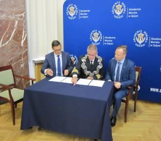 Akademia Morska w Gdyni zacieśnia współpracę z gdańskim portem