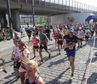 Chorzowska Dycha FOTO Pierwszy taki bieg po ulicach Chorzowa