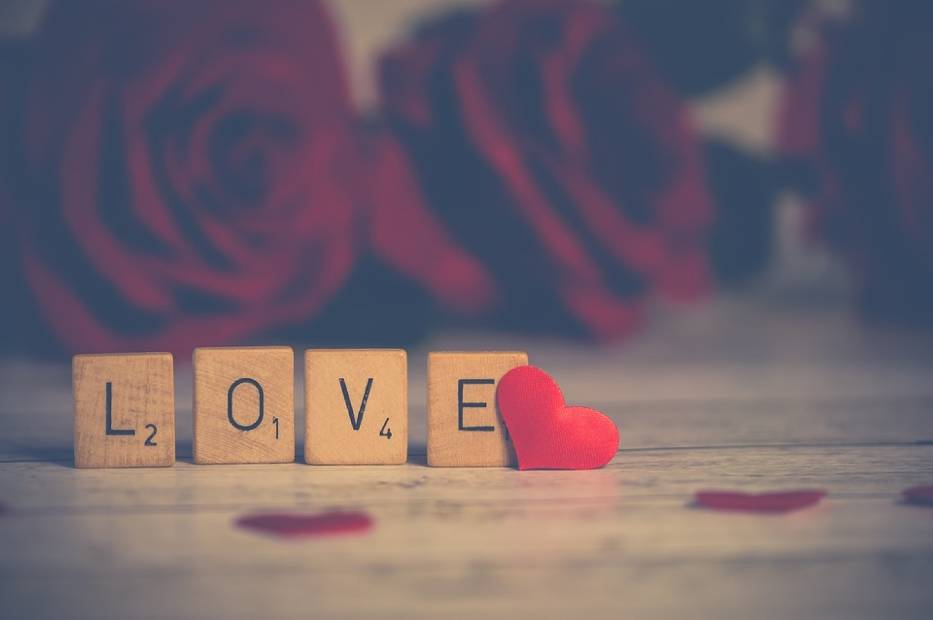 Ile osób obchodzi Walentynki?
