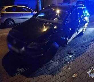 Szczawno-Zdrój: Pijany kierowca zniszczył trzy zaparkowane samochody (ZDJĘCIA)