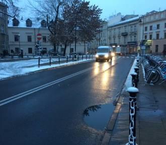 Pogoda na ostatni weekend roku: Będzie chłodniej, sypnie śniegiem