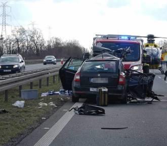Wypadek na autostradzie A4 pod Wrocławiem. 2 osoby ranne [ZDJĘCIA]