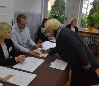 Frekwencja wyborcza w Szczecinku o godzinie 17. Jest nieźle [zdjęcia]
