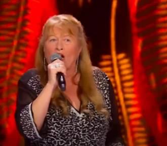 """Teresa Kuczera w The Voice Senior 2. Przemyślanka zaśpiewała """"O mnie się nie martw"""""""