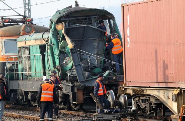 Zderzenie lokomotyw pociągów towarowych w Gdyni