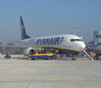 Co z lotami z Goleniowa do Warszawy? Zostaną uratowane?
