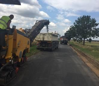 Rozpoczął się remont drogi Powodowo - Kiełpiny