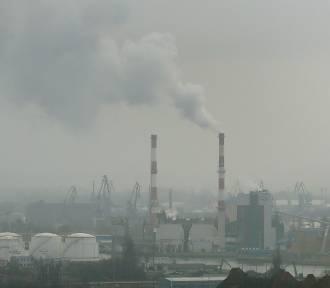 Problem ze smogiem w Szczecinie. Co o problemie myślą radni?