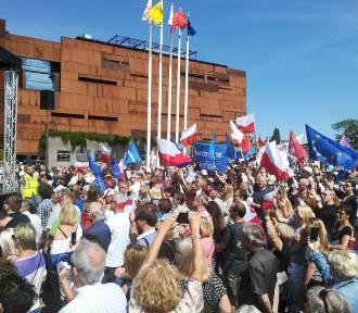 Protest na placu Solidarności [RELACJA]