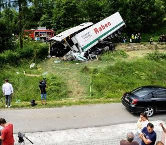 Wypadek w Tenczynie. Mieszkańcy: Tak tragicznego zdarzenia jeszcze tu nie było