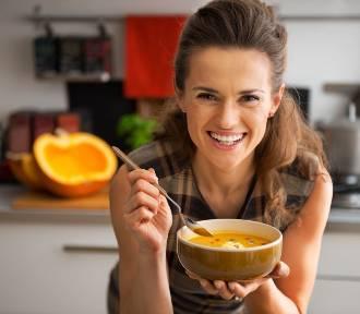 Nie lubisz zup? A szkoda! Poznaj 8 powodów, dlaczego warto jeść je nawet codziennie!