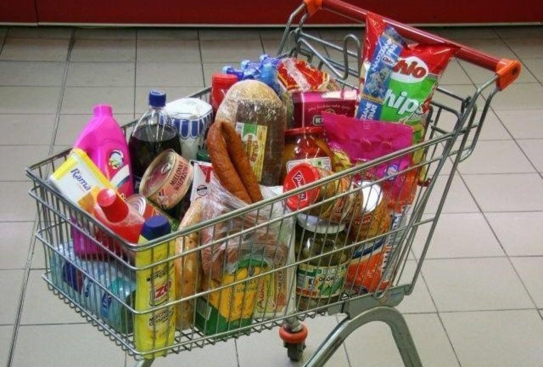 Agencja ASM Sales Force Agency sprawdziła, ile za przykładowy koszyk zakupów zapłacimy w sklepach najpopularniejszych sieciach handlowych (Biedronka, Lidl, Tesco, Carrefour, Kaufland, Auchan, Selgros, Makro, Intermarché, E