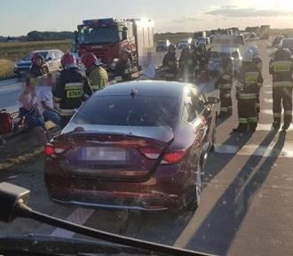 Groźny wypadek na A4. Pod Wrocławiem zderzyły się cztery auta. Zobacz zdjęcia