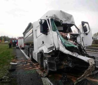 Wypadek na DK 1 w Cynkowie. Droga w kierunku Katowic zablokowana