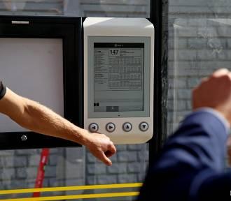 E-papierowe rozkłady jazdy na gdyńskich przystankach