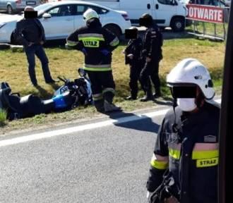Wypadek na DK30! Zderzył się motocyklista z samochodem osobowym! [ZDJĘCIA]