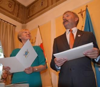 Unijna dotacja z UE dla Łowicza została obcięta. Gwara łowicka nie przyda się na rynku pracy