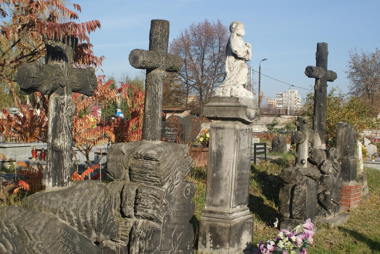 Najstarszy cmentarz w Dąbrowie Górniczej: tu spoczywają zasłużeni dla miasta i regionu