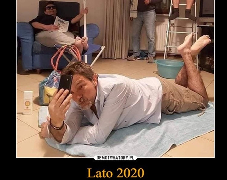 Wakacje 2020 odwołane przez koronawirusa? Zobacz memy w galerii zdjęćZobacz kolejne zdjęcia