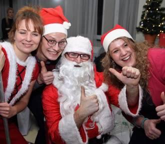 Święta w Fundacji Podaj Dalej. Ponad 220 osób łamało sie opłatkiem i składało sobie życzenia