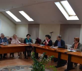 KOŹMIN WLKP.: Burmistrz rozmawiał z dyrektorami szkół o akcji strajkowej