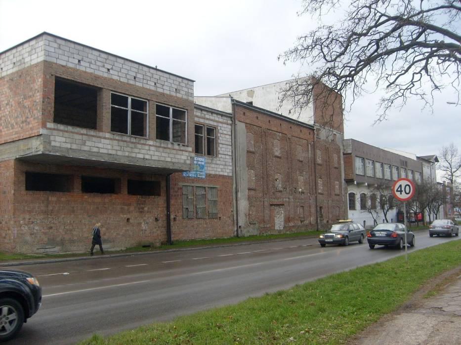 Częściowo odrestaurowany Browar Saskich w Ostrowcu Świętokrzyskim, widok od ulicy Polnej