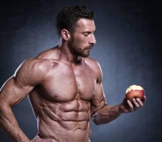 Te mięśnie napędzają rośliny. Najsłynniejsi sportowcy na diecie wegańskiej (zdjęcia)