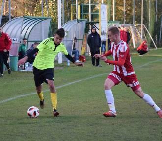 Piłka nożna: W środę odbyły się pojedynki IV rundy regionalnego Pucharu Polski [ZDJĘCIA]
