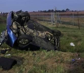 Śmiertelny wypadek bmw na S5 - kobieta zginęła na miejscu, trzy inne osoby są ranne [ZDJĘCIA]