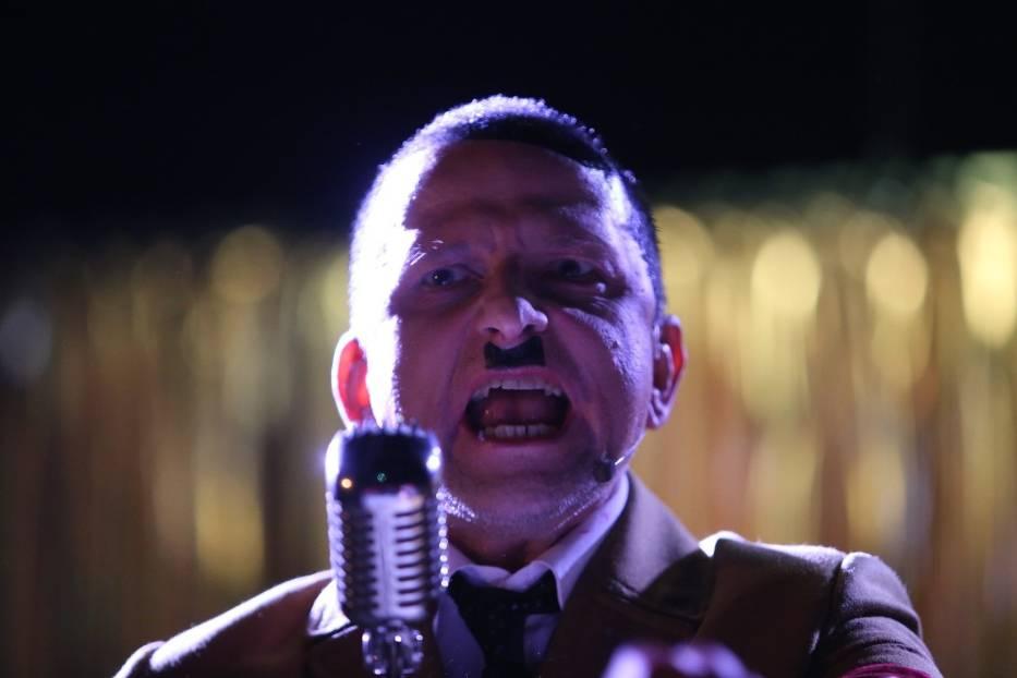 Spektakl On wrócił o Adolfie Hitlerze