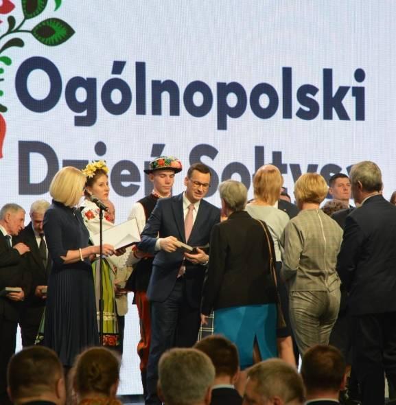 Mateusz Morawiecki, premier RP gościł na Ogólnopolskim Dniu Sołtysa w Łowiczu [ZDJĘCIA]