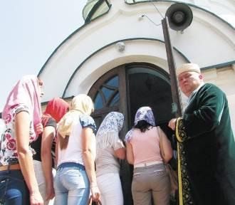 """Grupa """"Arka"""" i szef Gminy Wyznaniowej w Bohonikach organizują zbiórkę dla migrantów"""