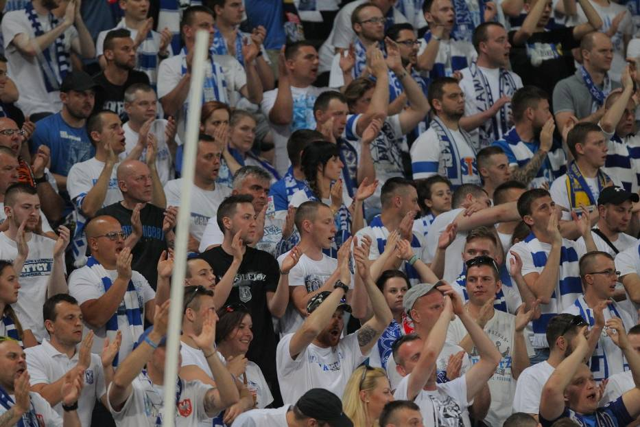 Mecz Lech Poznań - Jagiellonia Białystok oglądało na stadionie przy Bułgarskiej 24 288 kibiców. Byłeś na meczu Kolejorza? Znajdź się na zdjęciach.