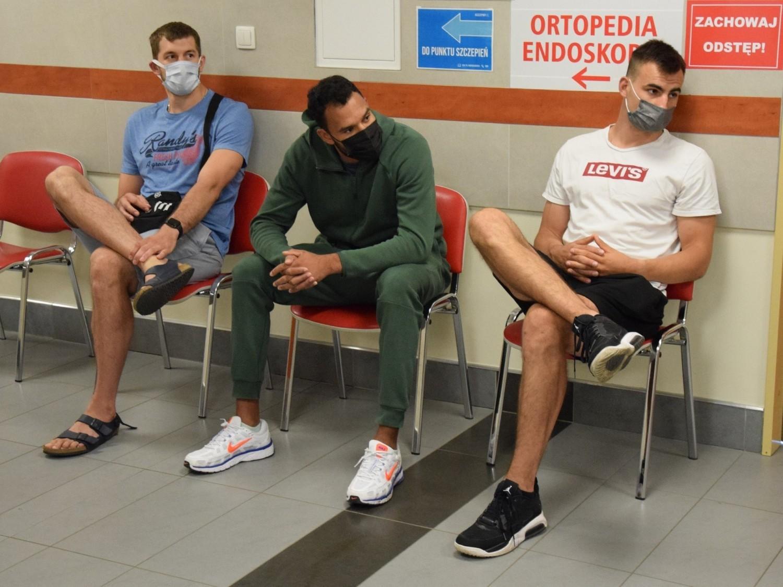 Koszykarze Enei Zastalu BC Zielona Góra w Centrum Medycznym Aldemed