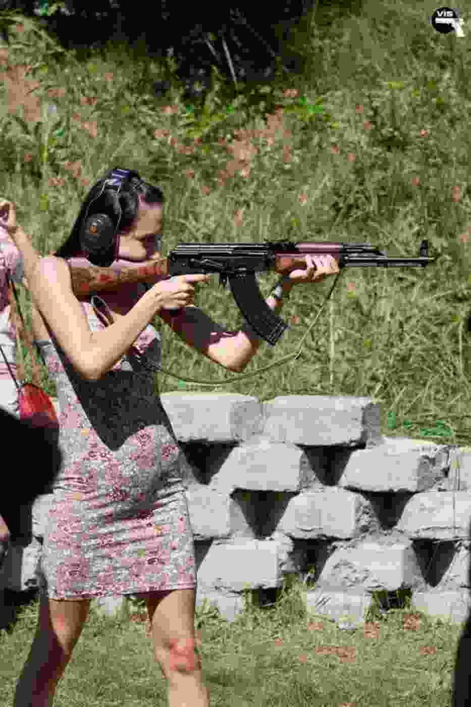 Zdjęcie z pikniku strzeleckiego organizowanego przez Kwidzinski Klubu Strzelecki VIS