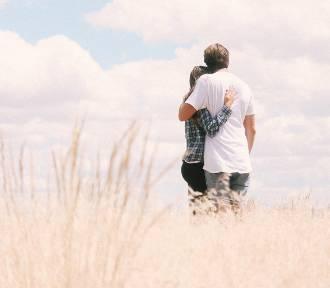 Związek karmiczny – czym się charakteryzuje ta relacja między dwojgiem ludzi?