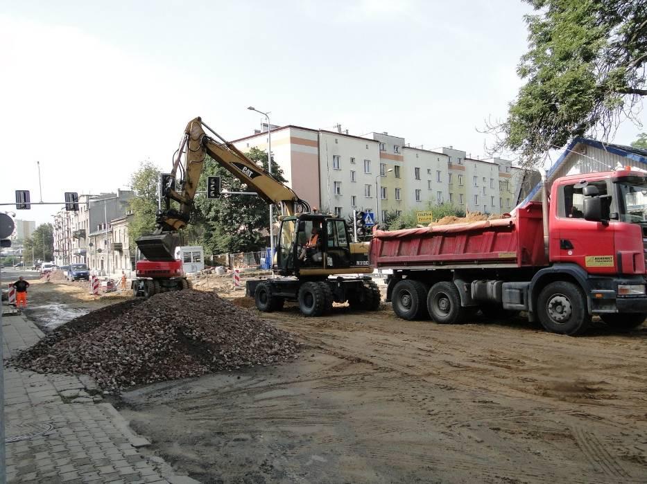 W dobrym tempie idą prace przy modernizacji ważnej radomskiej ulicy - 25 Czerwca w Radomiu