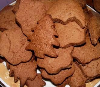 Pierniki na święta. Jak zrobić pierniki świąteczne? [PRZEPISY]
