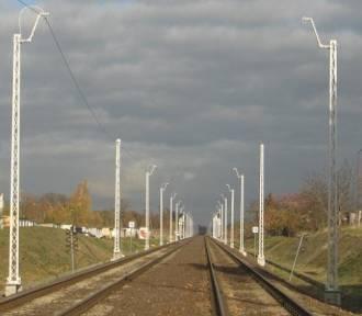 Elektryfikacja linii Węgliniec - Zgorzelec na półmetku. Prace mają zakończyć się w tym roku