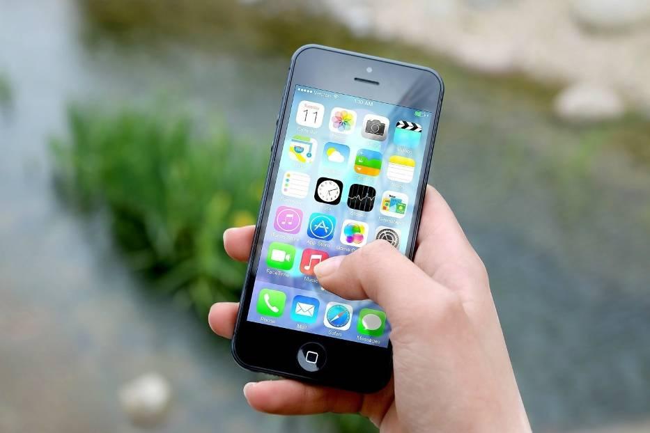 Aplikacje na smartfony oferują nam wiele narzędzi do komunikacji, edycji multimediów, jak również świetnej zabawy