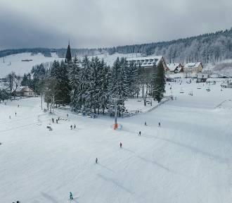 Po opadach śniegu warunki narciarskie w Zieleńcu są doskonałe [ZDJĘCIA]