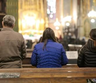 Apostazja w woj. śląskim. Tu najwięcej osób opuszcza Kościół