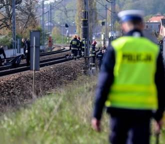 Martwy mężczyzna na torach. Nie kursują pociągi