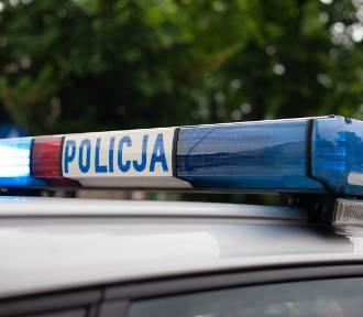 Poranna kolizja na skrzyżowaniu w Sandomierzu. Kierowca był nietrzeźwy